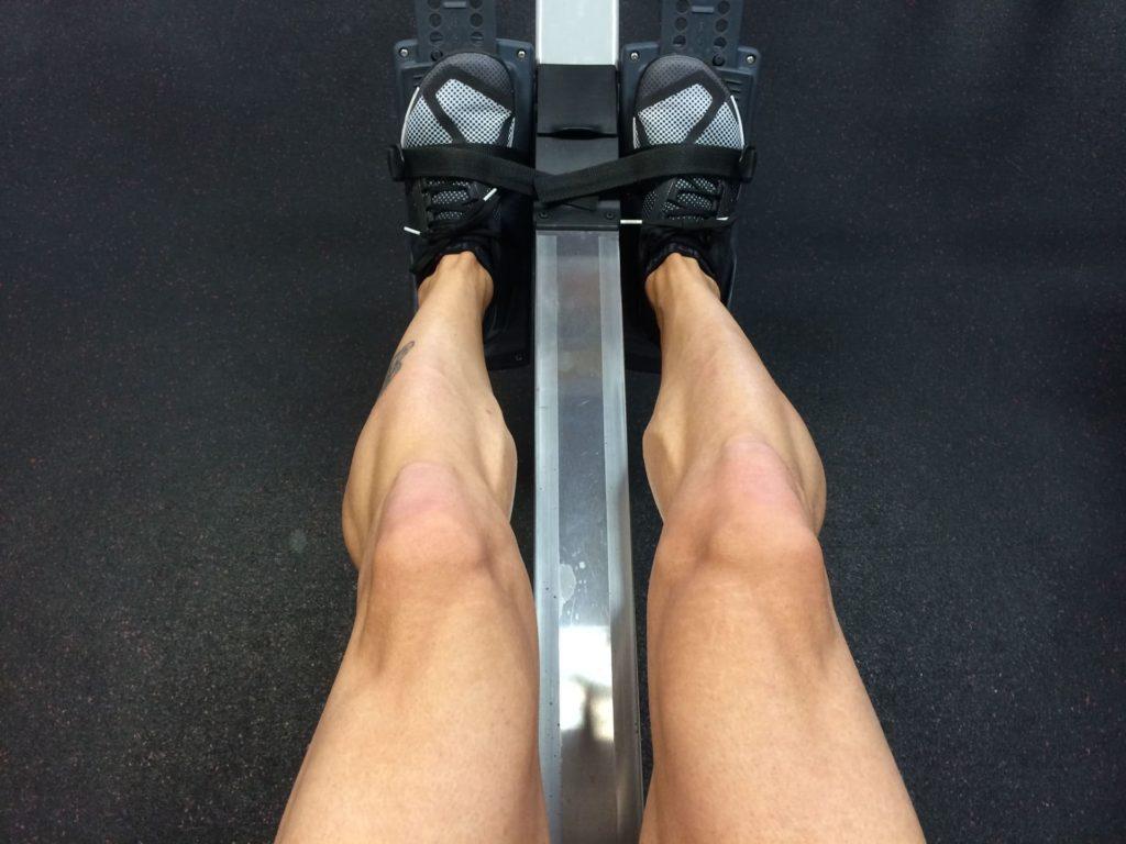 rameur jambes fuselées